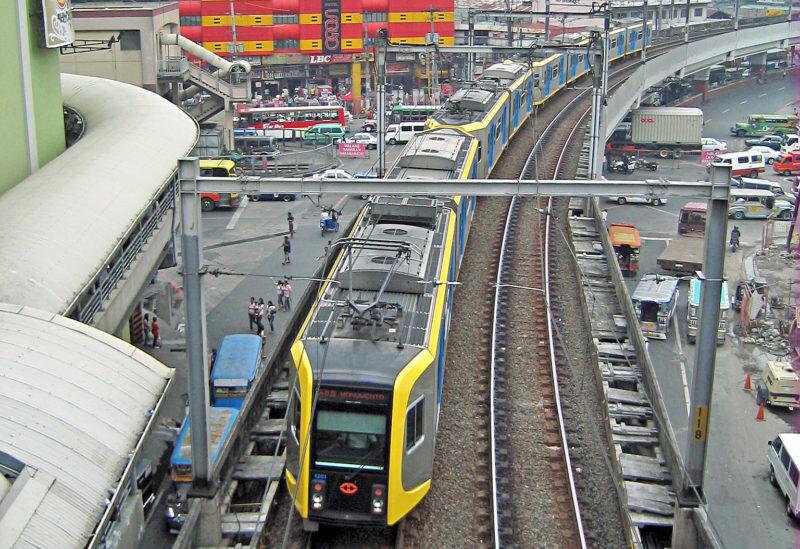 Kinh nghiệm du lịch Manila - LRT1 Metro Manila