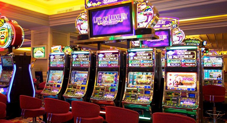 Máy đánh bạc tại Resorts World Manila