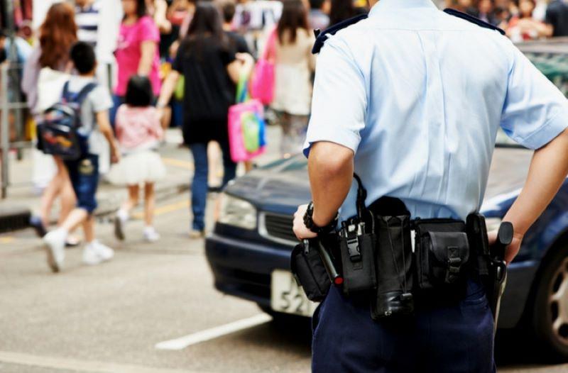 Cảnh sát Philippines được trang bị súng