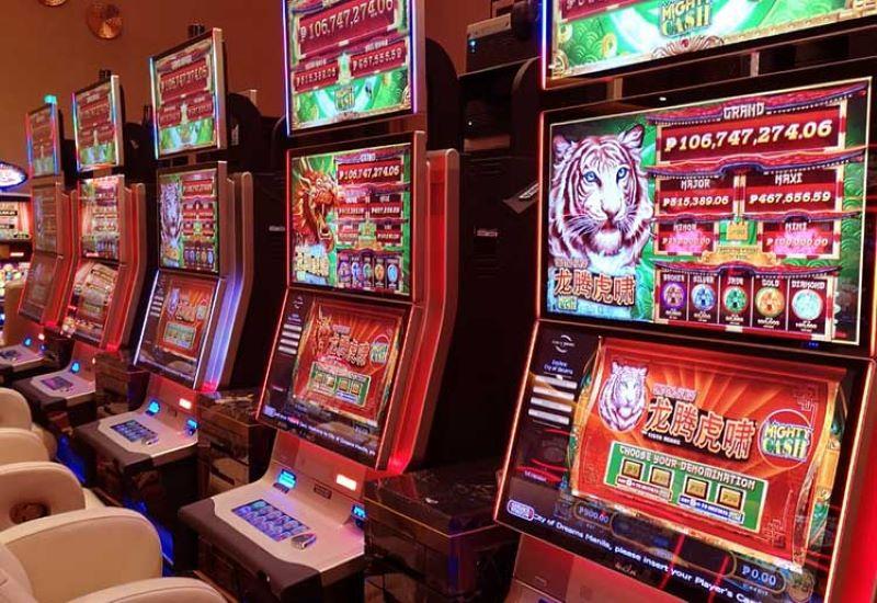 Slot Machine (Máy đánh bạc)
