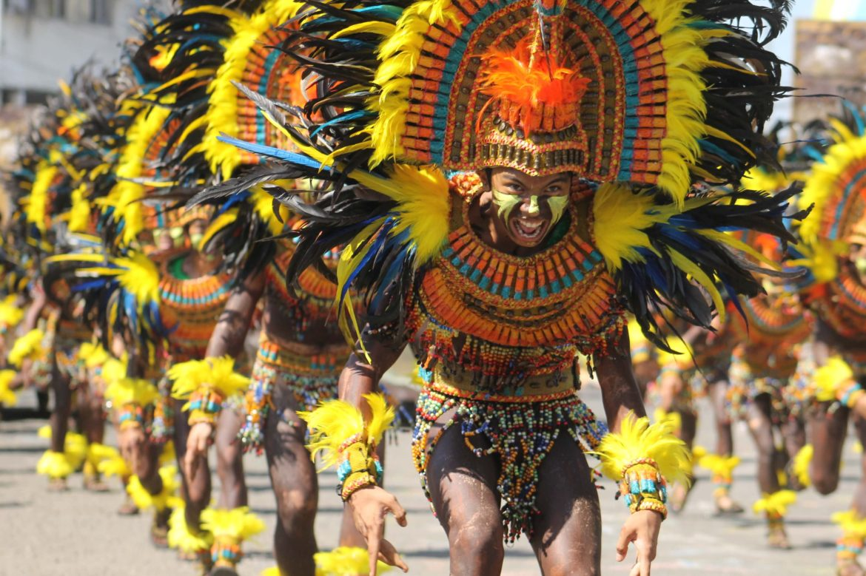Điệu nhảy Atis nhằm ăn mừng việc bán Panay
