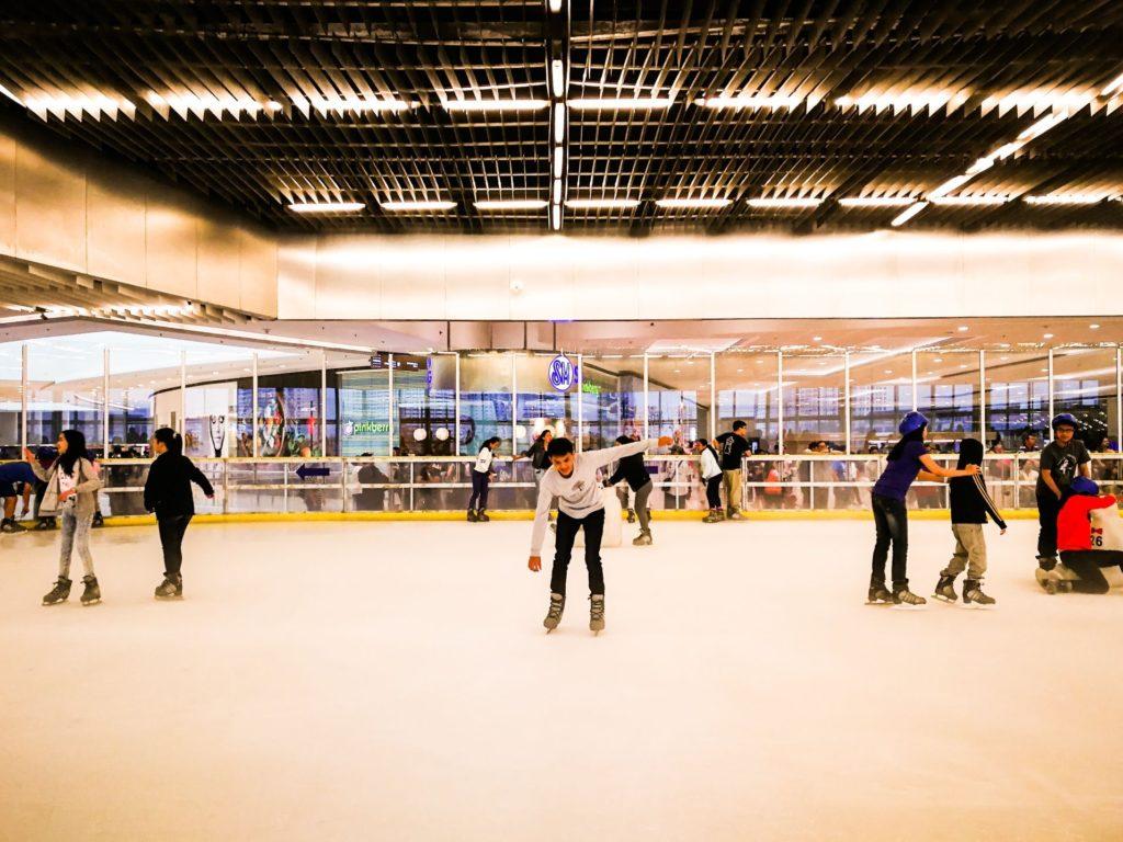 Trượt băng tại Manila