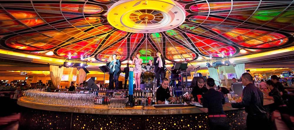 Sân khấu nghệ thuật tại sòng bạc Resorts World Manila
