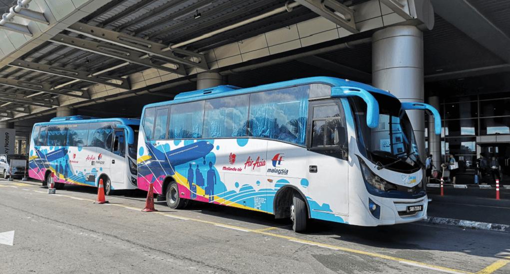 Xe Bus tại sân bay Malaysia